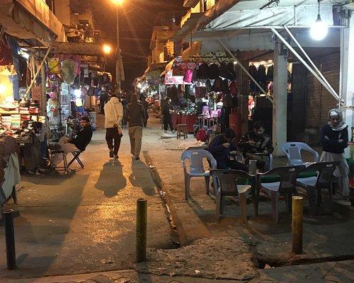 Aabpara market