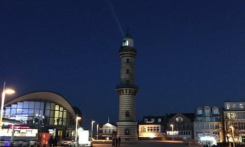 Der Teepott am Leuchtturm von Warnemünde