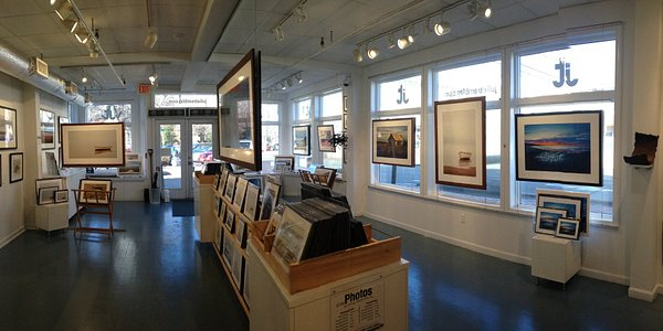 Come visit and enjoy the beauty of cape cod through Julie's lens