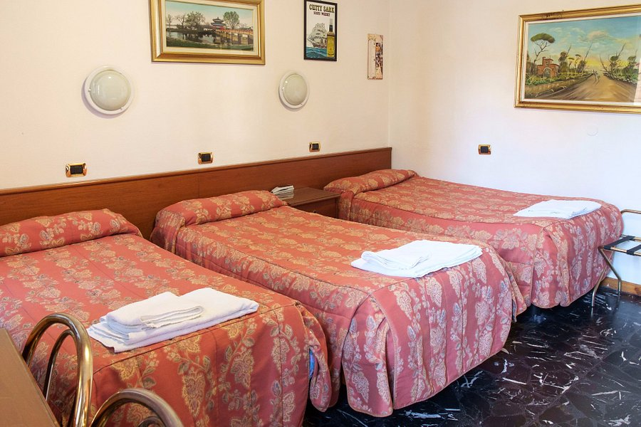 HOTEL VIP $61 ($̶6̶8̶) - Prices & Reviews - Piacenza ...