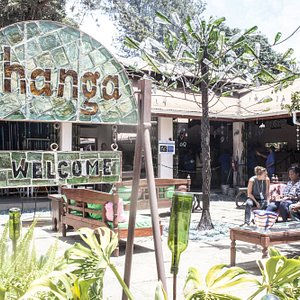 Relax with a coffee in our Shanga courtyard as you watch the workshop staff in action