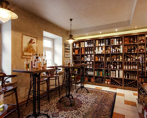 The largest range of grappa in Lithuania, as well as highest quality wines and gourmet food