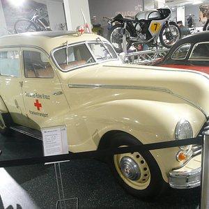 früherer Krankenwagen