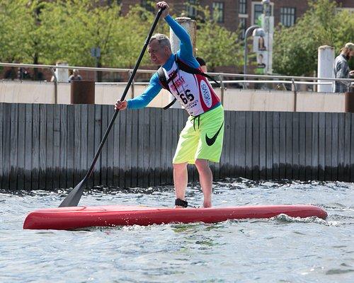 Stand Up Paddle kan udøves på mange niveauer, her på et race/touring board