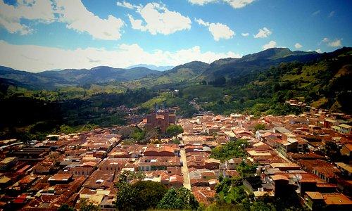 Cafetería y Panadería La Ceiba