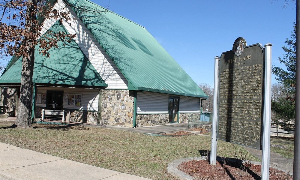 The Ozasrk Heritage Welcome Center provides a stopping point when entering Missouri