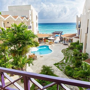 Infinity on the Beach offers a fantastic location on the stunning Dover Beach.