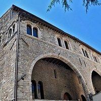 Facciata nord del Palazzo di Bonifacio VIII (o palazzo papale). Foto Daniele Baldassarre