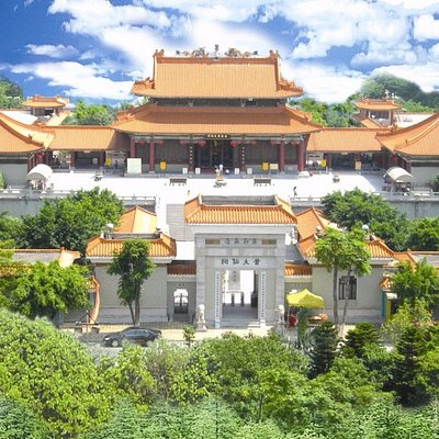 廣州黃大仙旅遊景區, 位於廣州荔灣區古祠路1號