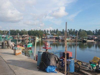 Schönes Fischerdorf nette Menschen