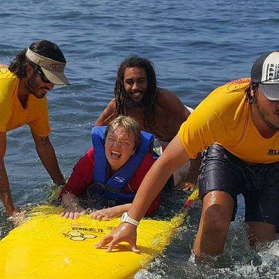 Hawaii Lifeguard Surf Instructors #HLSI #surfschool