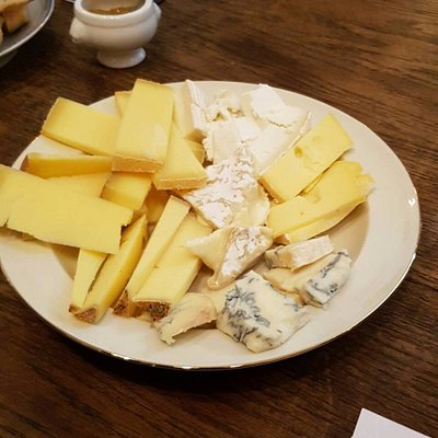 Cheese with the wine