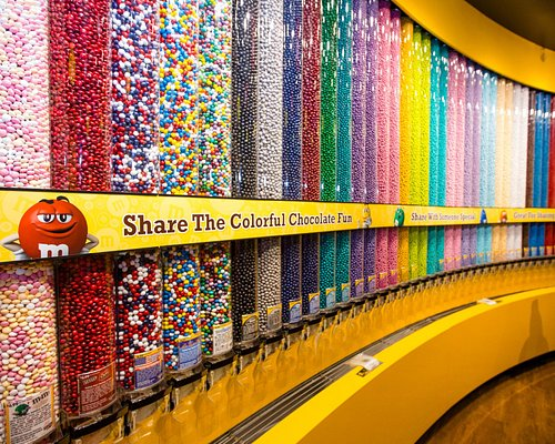 Enjoy the biggest Chocolate Wall in Vegas