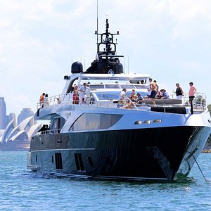 Luxury Yacht Hire charter on Sydney Harbour.