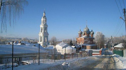 Вид на храм зимой
