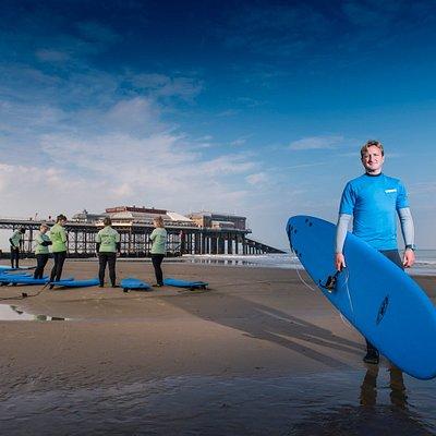 Surf lesson instruction