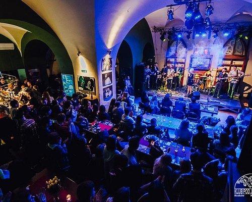 Czwartki z karaoke na żywo || Live music Karaoke Party - every Thursday