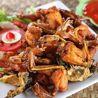 Fried frog with fish sauce