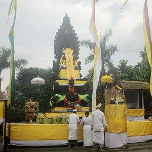 Pura Parahyangan Jagat Guru, while Melaspas Ceremony