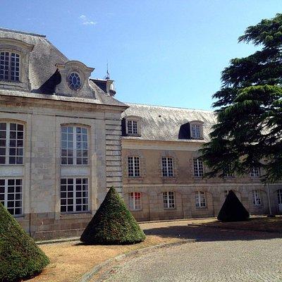 Galerie Le Lieu - Enclos du port - Hôtel Gabriel - Aile Est