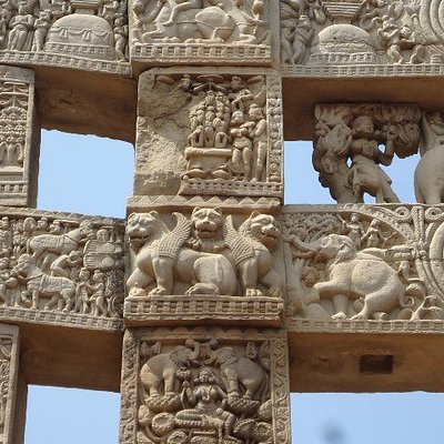 The Panels showing winged Lions.