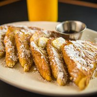 King's Chef Diners Hand Dipped Vanilla French Toast