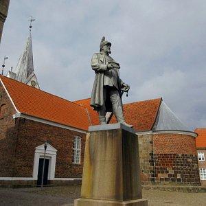 Frederik VII foran Sct. Jacobi Kirke