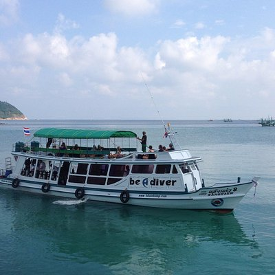 Lotus diving boat with 45 passengers.Fast,Comfort and Save!!!