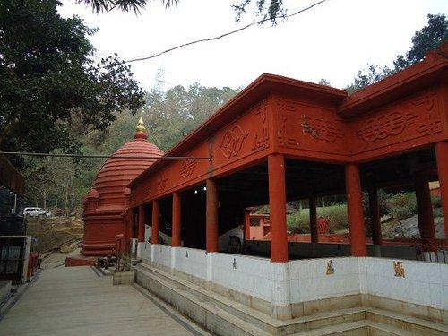 The temple complex had bright colours.