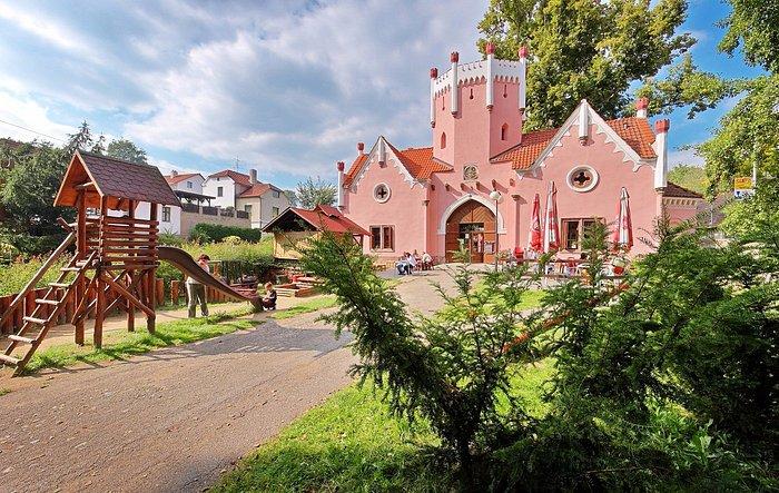 Domašínská brána (Domasin gate)