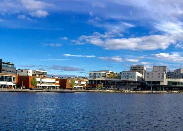 Výlet do města Jönköping. Úžasné místo a pokud vám vyjde počasí jako nám, tak procházka kolem je