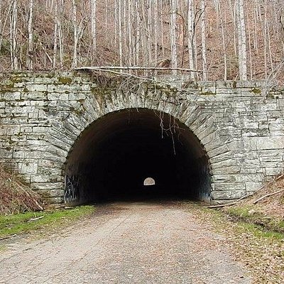 Tunnel on the road to Nowhere