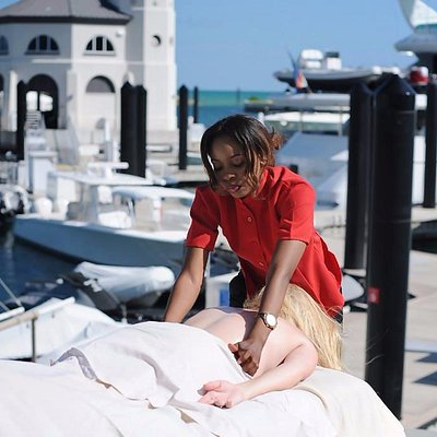 Get your massage on your yacht. Yacht at Albany Resort. Discovery Charters Yacht