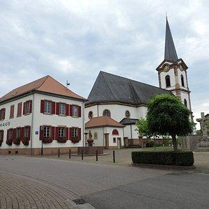 Pfarrkirche St. Peter und Paul, Edesheim, Alemania.