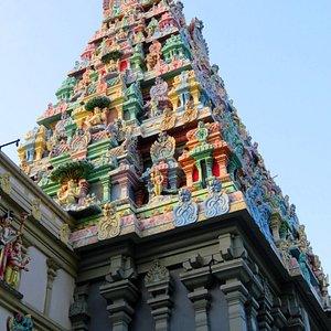 Sri Thendayuthapani Temple - Tank Rd Singapore (12/Mar/17).