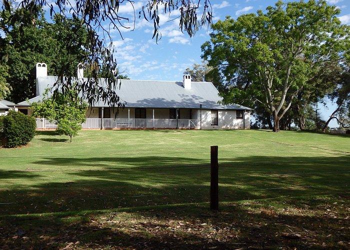 Peninsula Farm, Maylands, Swan River - approach