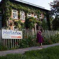 Der Hofladen befindet sich im idyllischen Wohnhaus des Hofes.