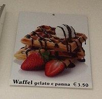 Delizioso waffel con gelato !!!