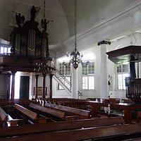 kansel en orgel