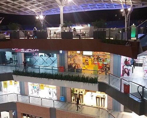 Labim Mall - shops and restaurants