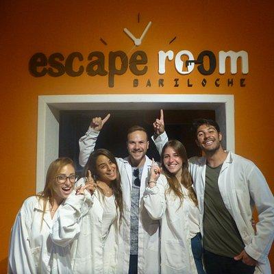 En muy buen tiempo escaparon del laboratorio, felicitaciones!