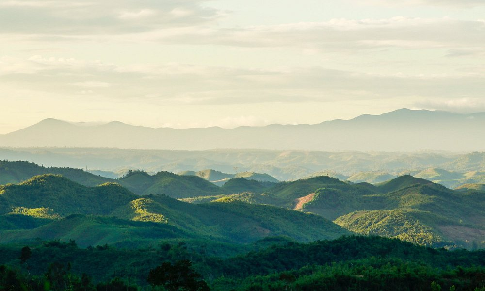 The waving mountainous in Daknong province is stunning and you have to find it exactly timing.