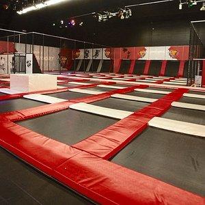 Trampoline Arena - Jump XL Zandvoort - Feel Like Flying
