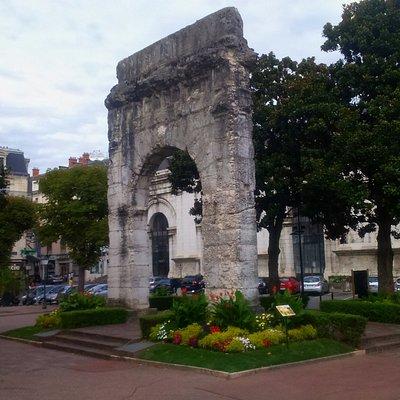 L'arc de Campanus (Aix-les-Bains)