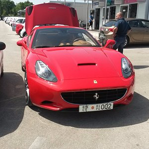 Free parking for super cars Dubrovnik Airport