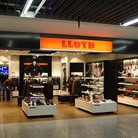 旅の出発点、空港でフィットした靴を手に入れる・・・新しい旅のスタイルかも知れません