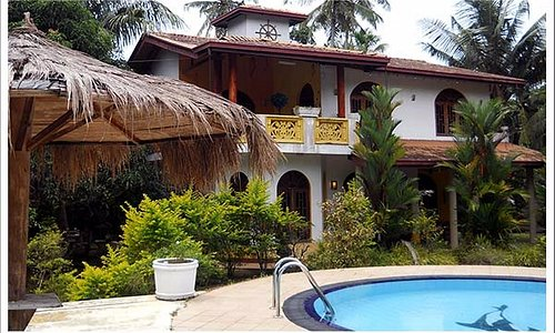 Ceylon Lanka Tours, Private villas for accommodations. Villa 01