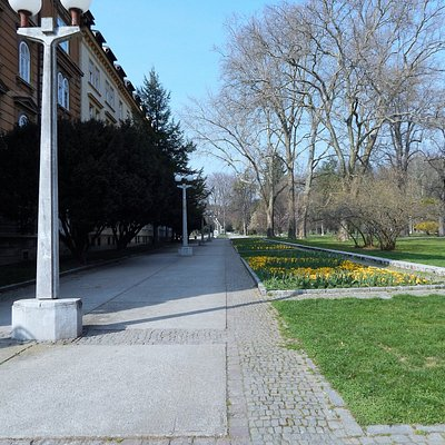 City Park, main line to the north
