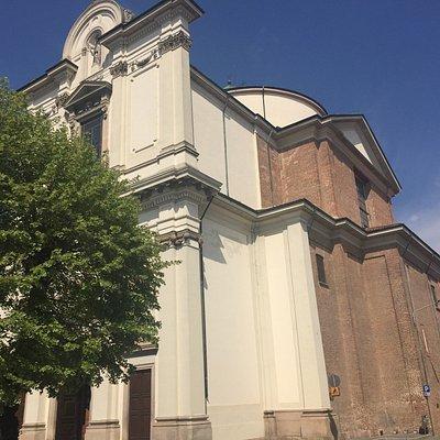 Veduta della chiesa principale di Robecco sul Naviglio