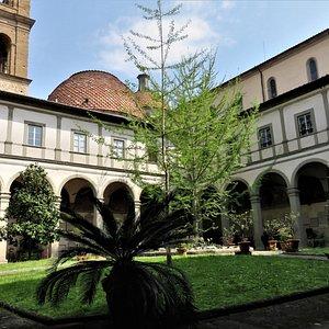Firenze Basilica S Spirito, Chiostro, part.